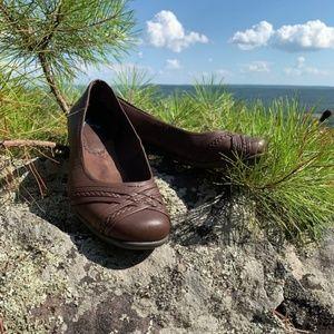 Yuu Gail Slip On Faux Black Leather Flats Size 11M